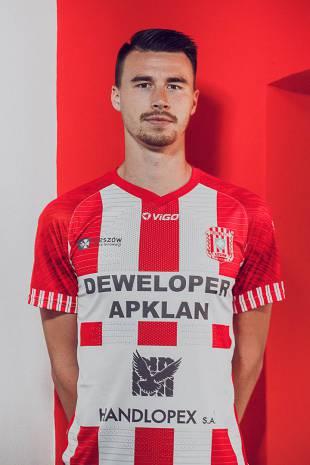 Adrian Dziubiński